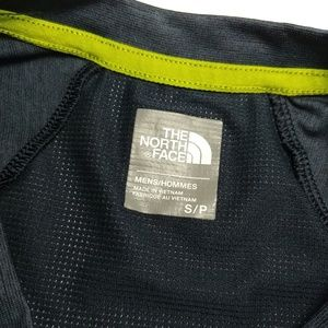 The North Face Shirts - NWOT The North Face Long Sleeve Top